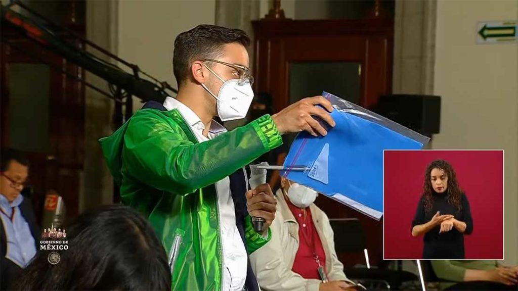 El Heraldo de México manda reportero a dejarle estudios sobre cubrebocas al doctor López-Gatell, sale regañado