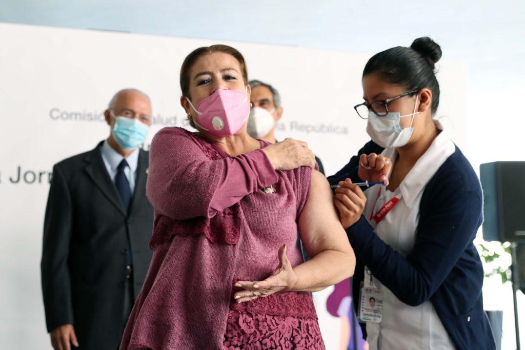 Senado inicia jornada de vacunación contra la influenza