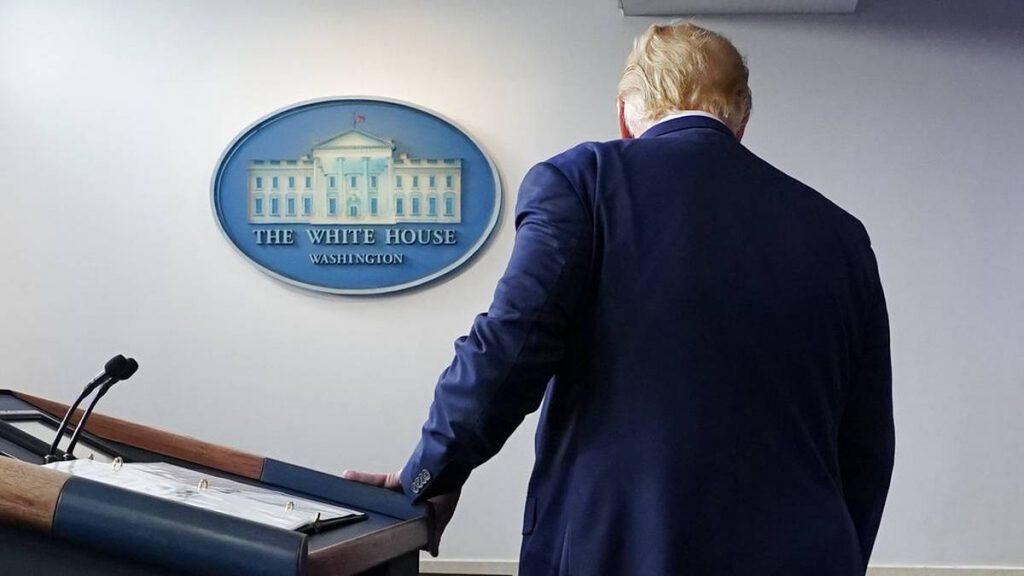Inadmisible, censura de cadenas televisivas contra Trump: Manuel de Santiago