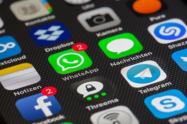 Cada 10 minutos, los mexicanos revisan sus redes sociodigitales, uso predominante entre hombres; mujeres prefieren privacidad: IFT