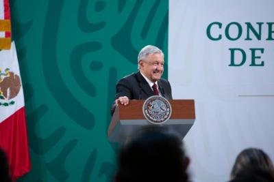 Falta autocrítica y profesionalismo a los medios: López Obrador