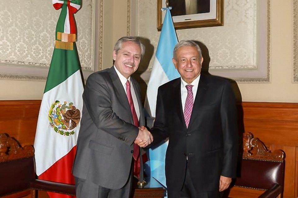 López Obrador y Alberto Fernández participan en conferencia matutina en Palacio Nacional