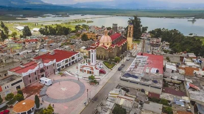 Celebra Almoloya del río 174 años de vida