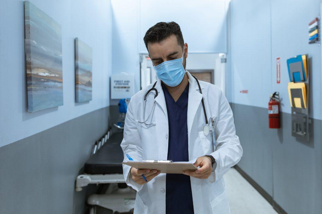 Asistencia médica para ti y tus beneficiarios