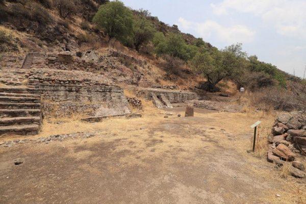 Es zona arqueológica de Tezcutzingo legado del rey  Nezahualcóyotl para los mexiquenses