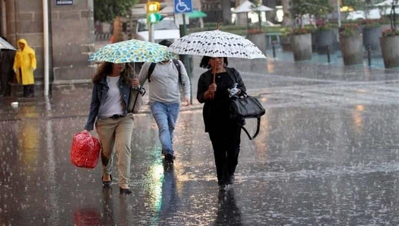 Para este lunes se espera una máxima de 29°c; lluvias con chubascos y tormentas aisladas por la tarde y noche