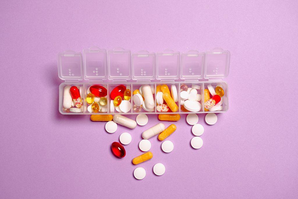 Impulsan en el Senado que recetas médicas incluyan medicamentos genéricos