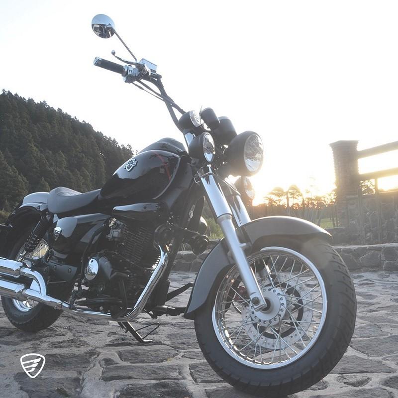 Mamás motociclistas: 5 modelos para ellas en su día