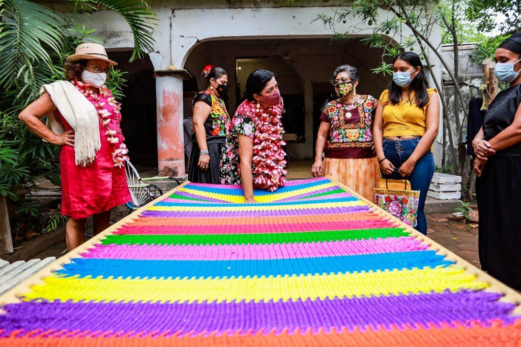 Al impulsar el arte tradicional se abre la posibilidad del desarrollo económico y cultural de las comunidades originarias: Alejandra Frausto