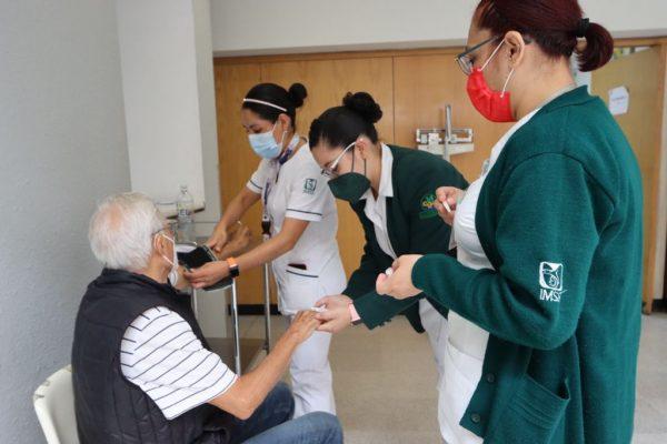 IMSS realiza jornada de atención geriátrica, por una vejez saludable