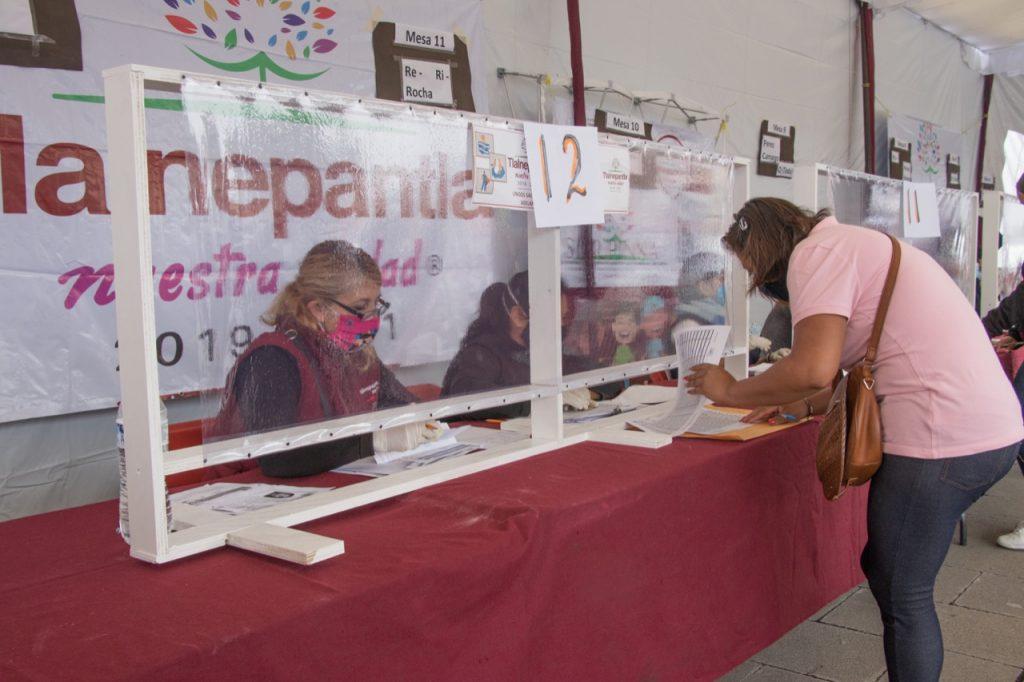 Inicia Tlalnepantla pago de becas educativas 2020-2021