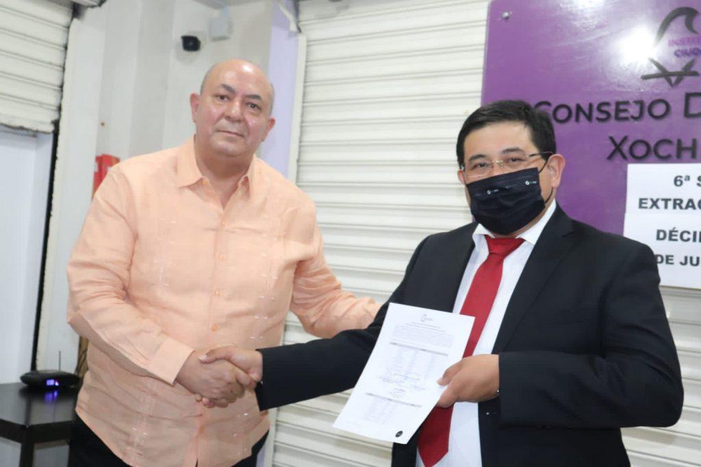 Acosta Ruíz recibe constancia de mayoría de votos como alcalde de Xochimilco