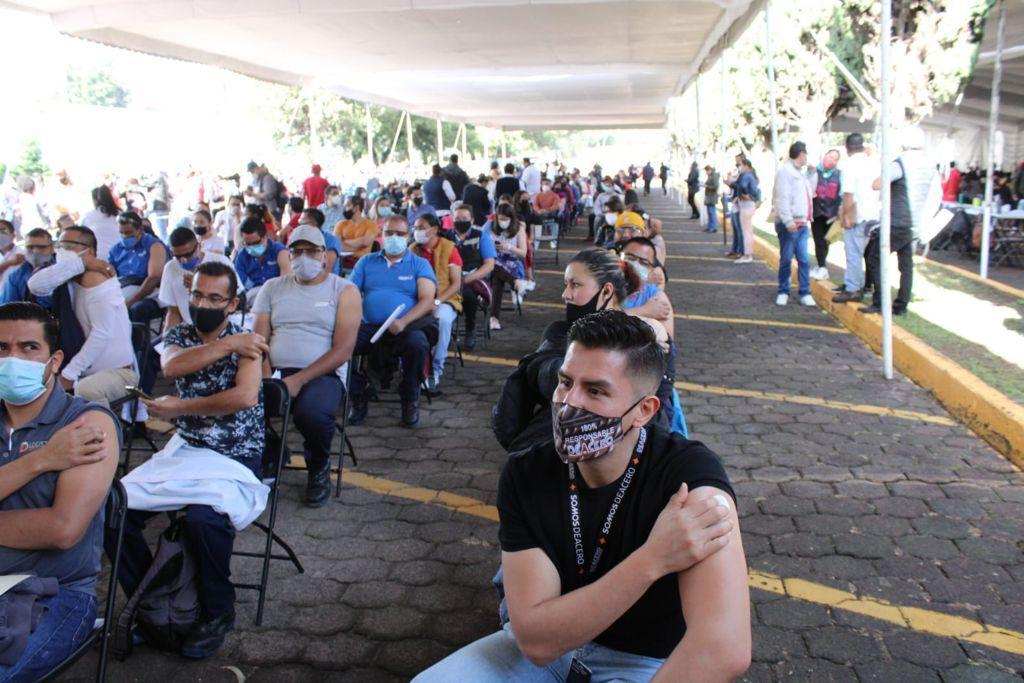 Empresas y gobierno de Naucalpan se organizan para la vacunación de trabajadores de 30 a 39 años
