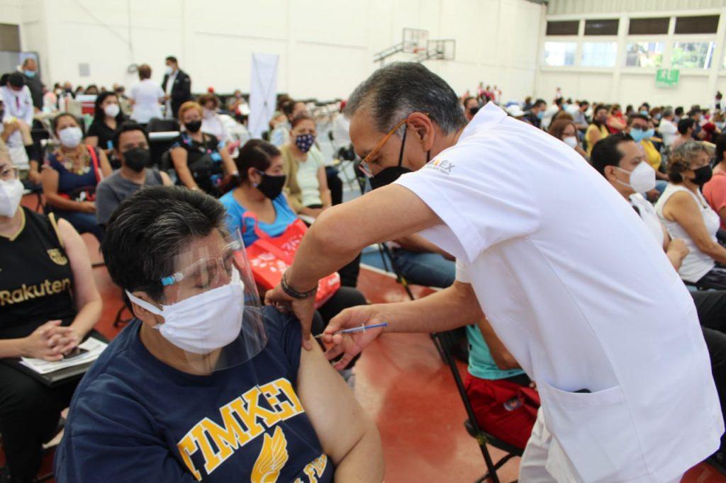 Arranca segunda dosis de la vacuna anti COVID-19 para adultos de 50 a 59 años en Nezahualcoyotl