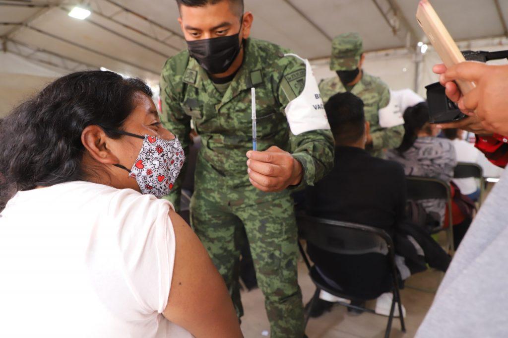 Ecatepec suma más de 678 mil vacunados contra Covid-19 al concluir aplicación de primera dosis a treintañeros