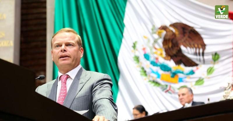 Impulsan punto de acuerdo para exhortar a los gobiernos Federal y de Quintana Roo a atender el arribo de sargazo