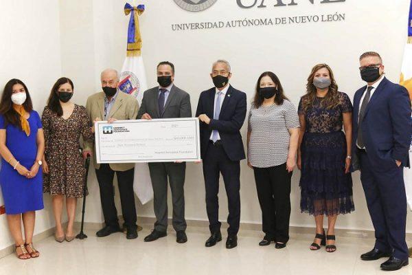 UANL apoya a Mujeres en la Ciencia