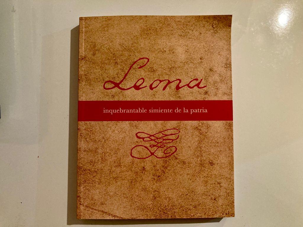 Presentan libro biográfico de Leona Vicario
