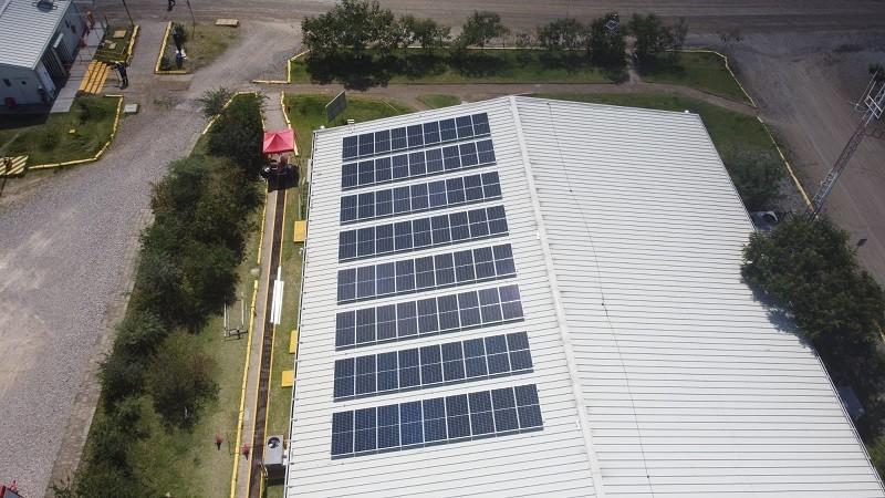 Cuzcatlán incursiona en la generación de energía fotovoltaica para autoconsumo