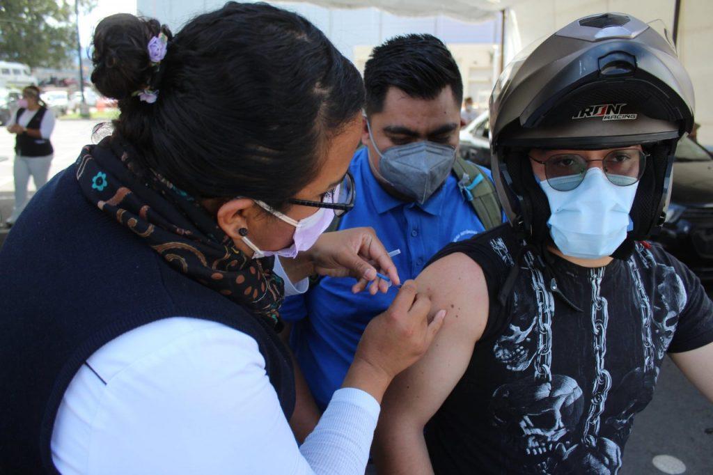 Se amplia responsablemente participación de jóvenes texcocanos en jornada de vacunación