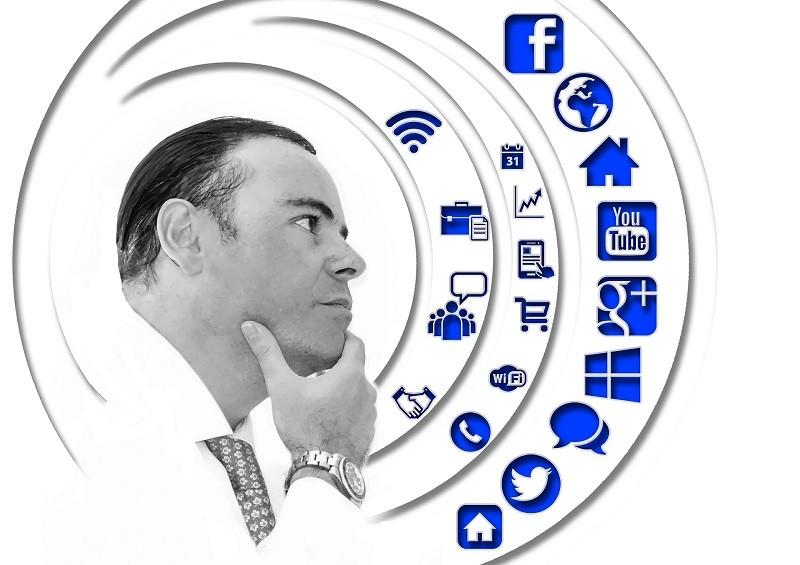 Protegido: Creación de figuras y tendencias en redes socio-digitales; los estrategas, de uno y otro bando en la 4T