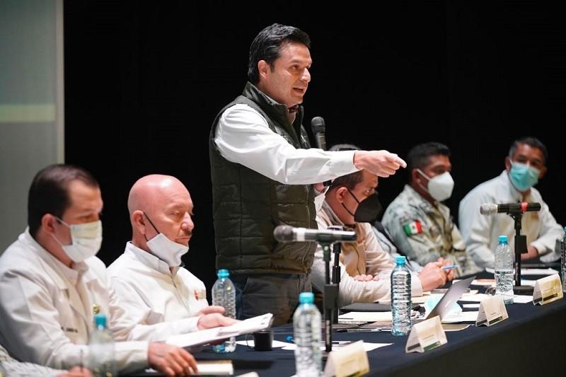 """Instituciones del gobierno federal y estatal afinan """"El último jalón"""" de vacunación contra COVID-19 en Chiapas: Zoé Robledo"""