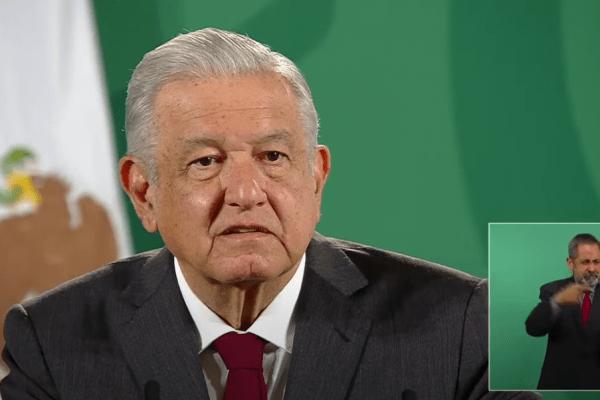 Lamentable, que la UNAM se haya derechizado: AMLO