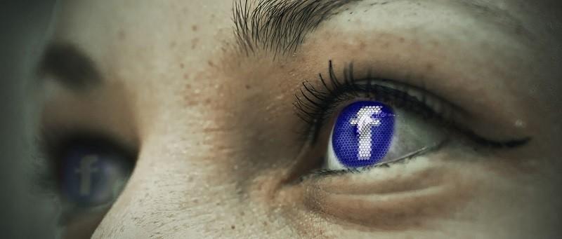 Facebook aumentará protección contra el acoso masivo a figuras públicas; entre ellas periodistas y activistas