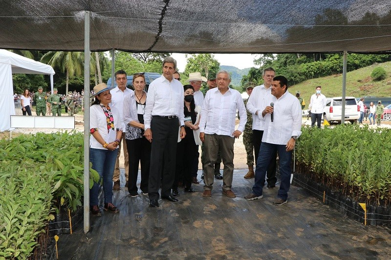 Sembrando Vida interesa a Estados Unidos; John Kerry visita México para conocer más el programa