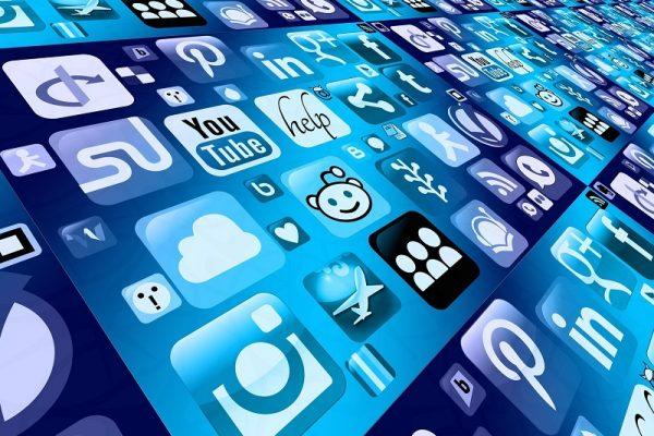 """Representantes de empresas digitales aseguran que """"protegen"""" privacidad de usuarios, en encuentro organizado por el INAI"""